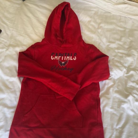 buy online 9632e 58324 Women's Washington Capitals Sweatshirt